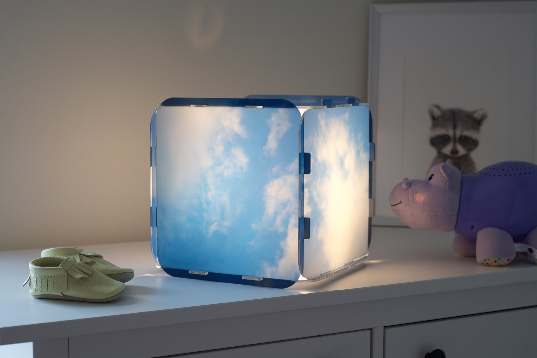 Printed cubic lamp on a dresser
