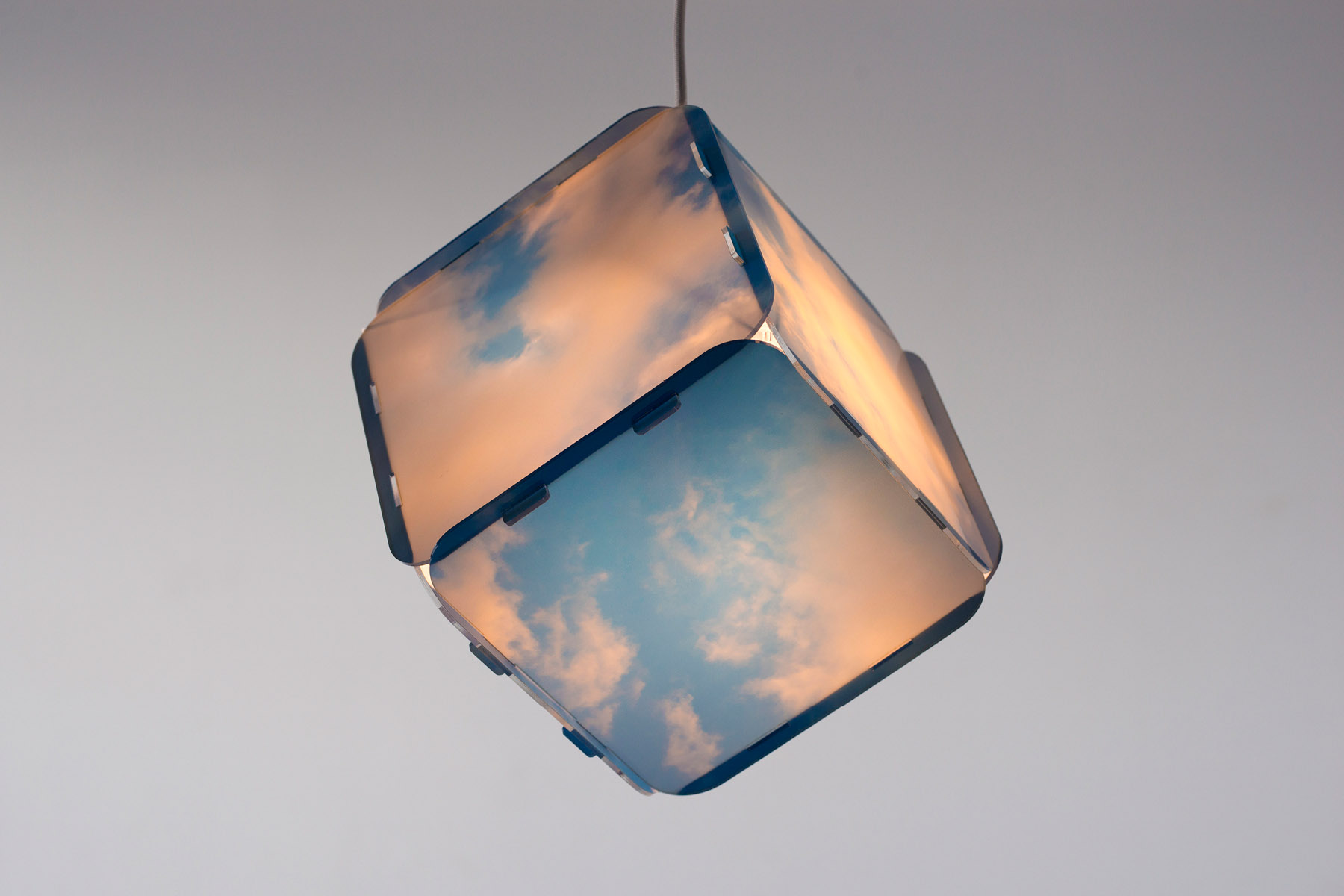 Lampe cubique imprimée, suspendue