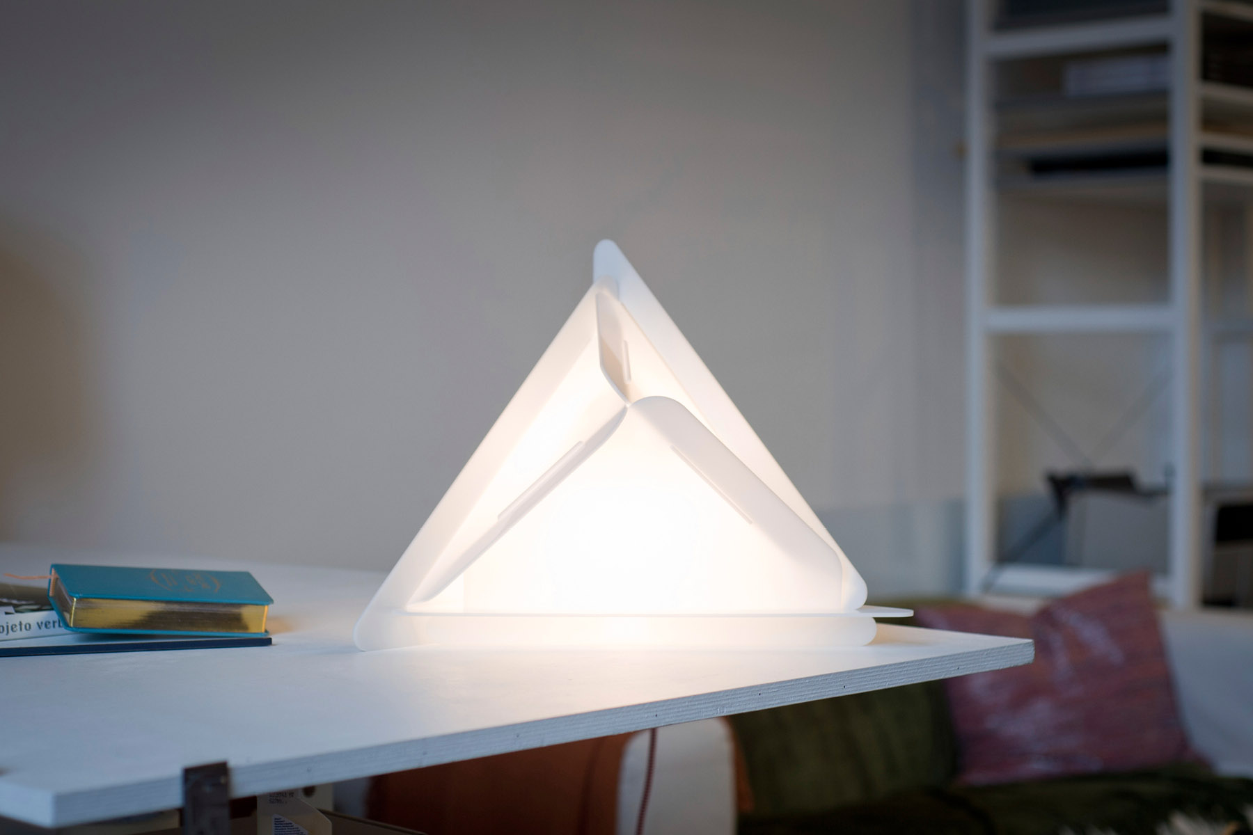 Triangular lamp on the side